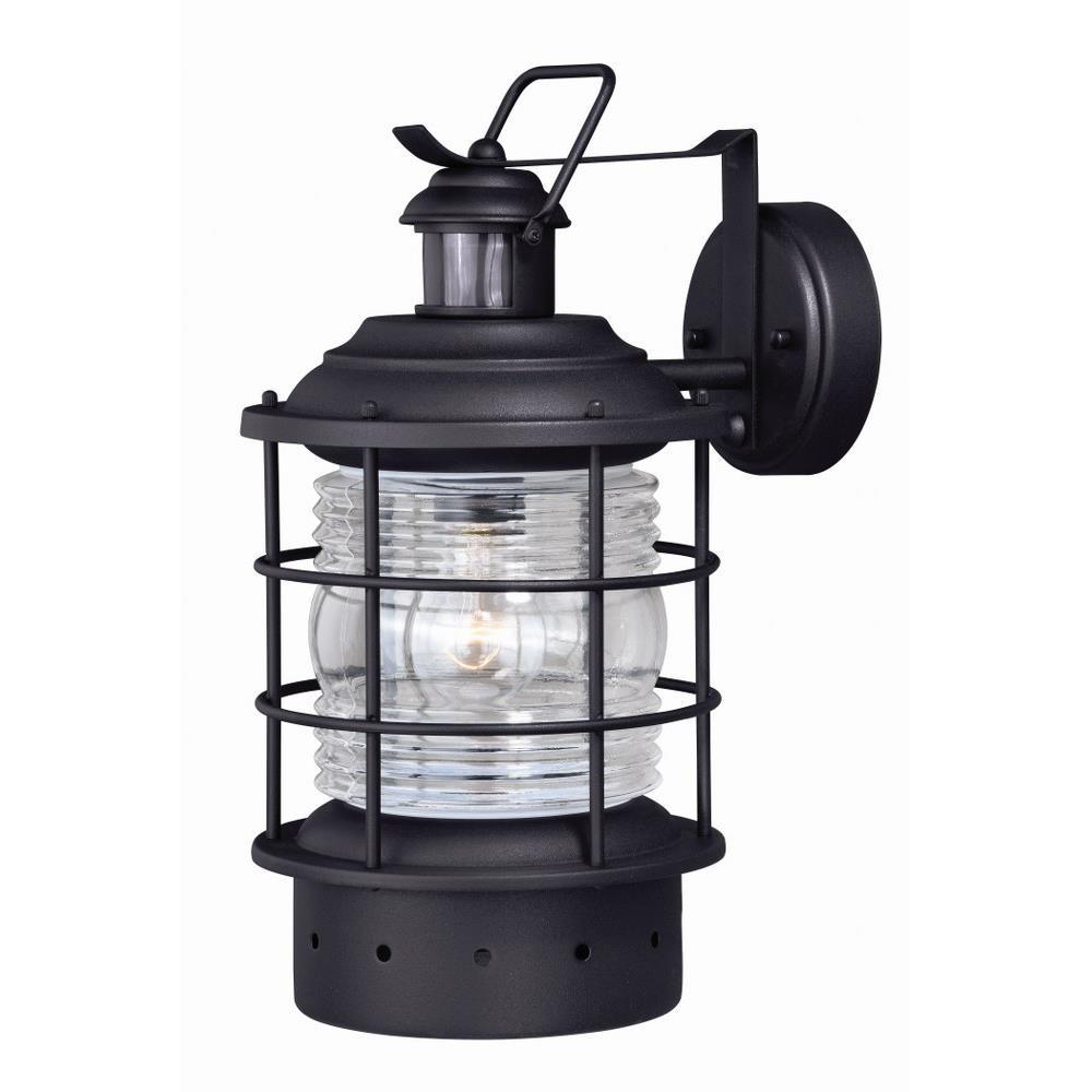 Hyannis Dualux 8 One Light Outdoor Wall Lantern